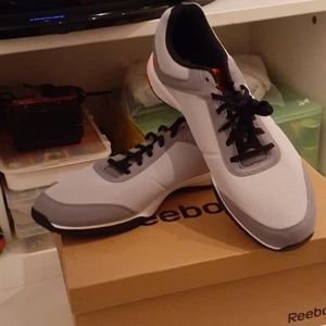 Bnwt mens size 15 Reebok CXT TR FB sneakers